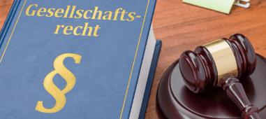Die Rechtsanwälte Stalling & Kollegen aus Kassel helfen bei Fragen zum Handelsrecht und Gesellschaftsrecht.