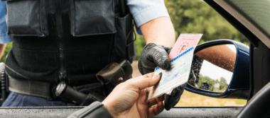 Rechtliche Beratung zum Thema Führerscheinentzug im Verkehrsrecht durch die Rechtsanwälte Stalling & Kollegen aus Kassel.