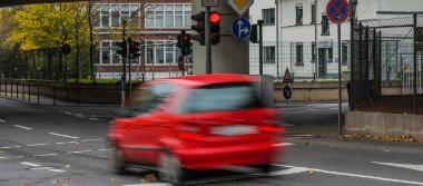 Beratung zum Thema Rotlichtverstoß im Bereich Ordnungswidrigkeiten durch die Rechtsanwälte Stalling & Kollegen aus Kassel.