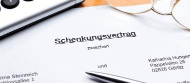 Die Rechtsanwälte Stalling & Kollegen aus Kassel beraten Sie zum Schenkungsvertrag im Vertragsrecht, Erbrecht und bei der Vermögensnachfolge.